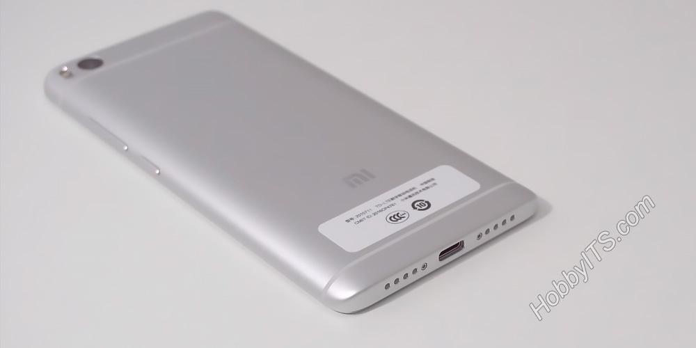 На нижнем торце Xiaomi Mi5s расположен разъем USB Type-C и динамики