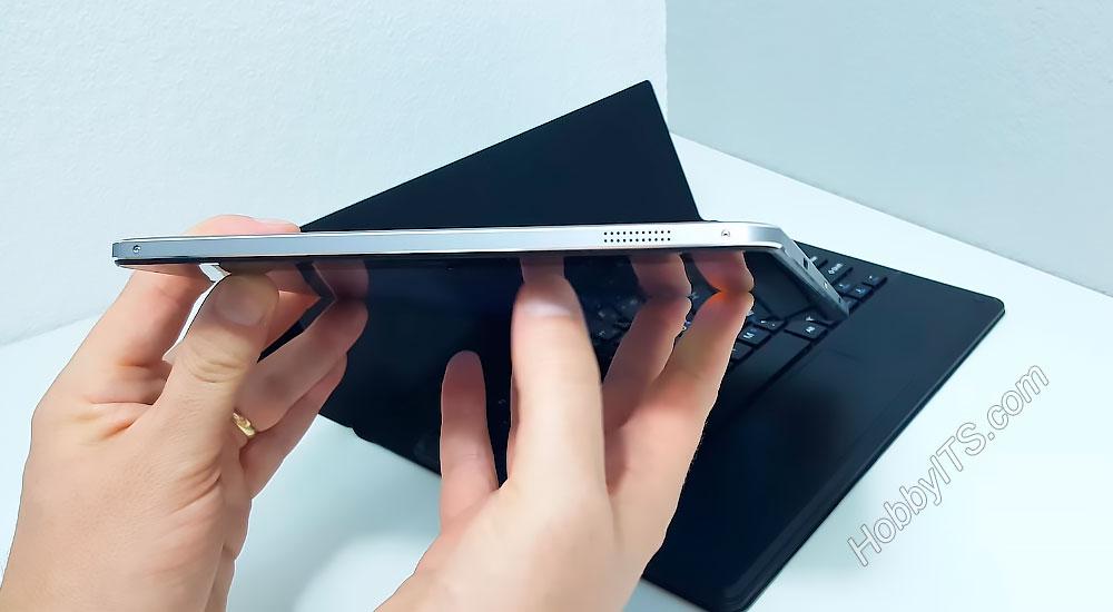 Динамики на торцевых частях планшета Chuwi Vi10 Plus