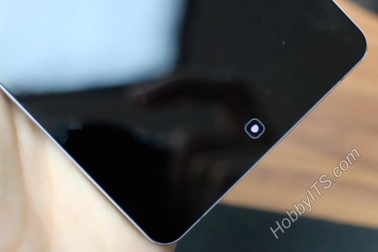 Сенсорная кнопка со встроенным индикатором событий на Elephone P9000