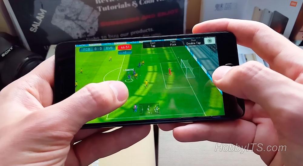 Футбол на смартфоне Lenovo ZUK Z2
