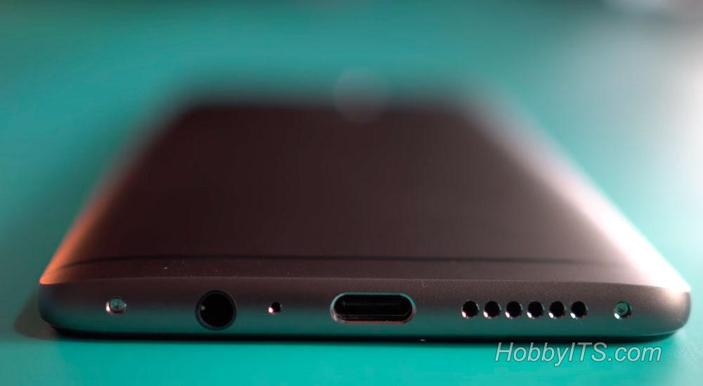 Нижний торец с разъемами и динамиками на OnePlus 3T
