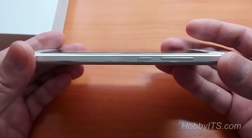 Клавиша громкости и питания на правом торце Xiaomi Redmi 4