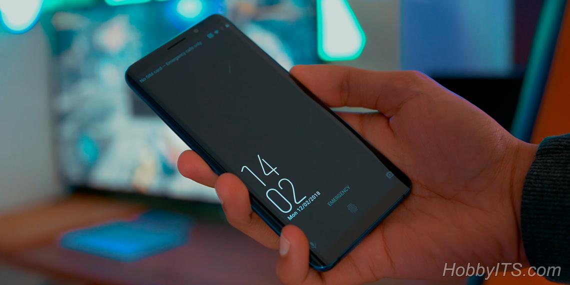 Безрамочный экран занимает 87% поверхности смартфона