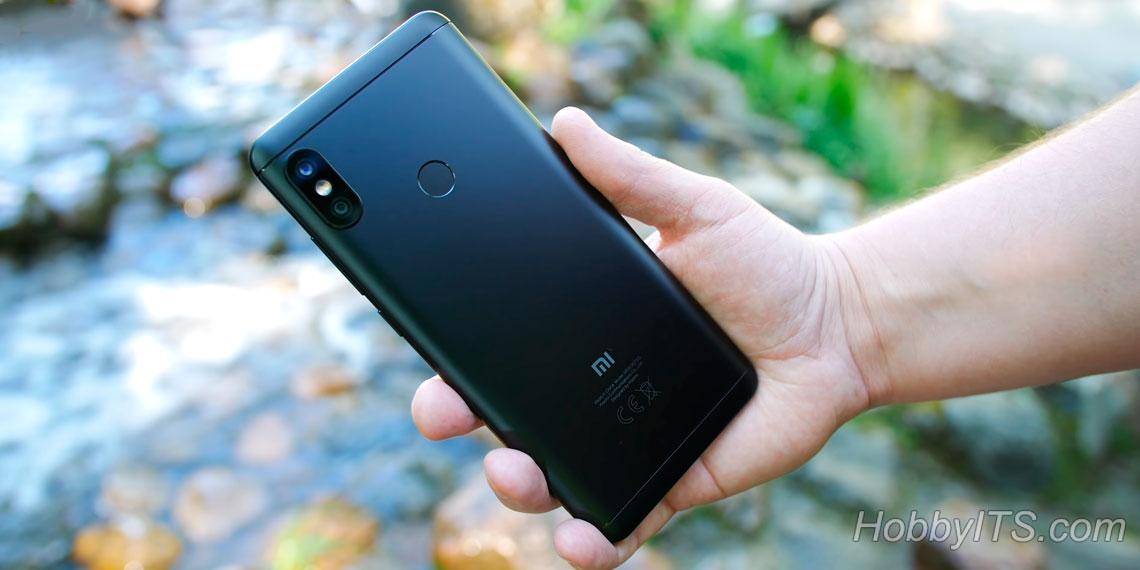 Тыльная сторона Xiaomi Redmi Note 5
