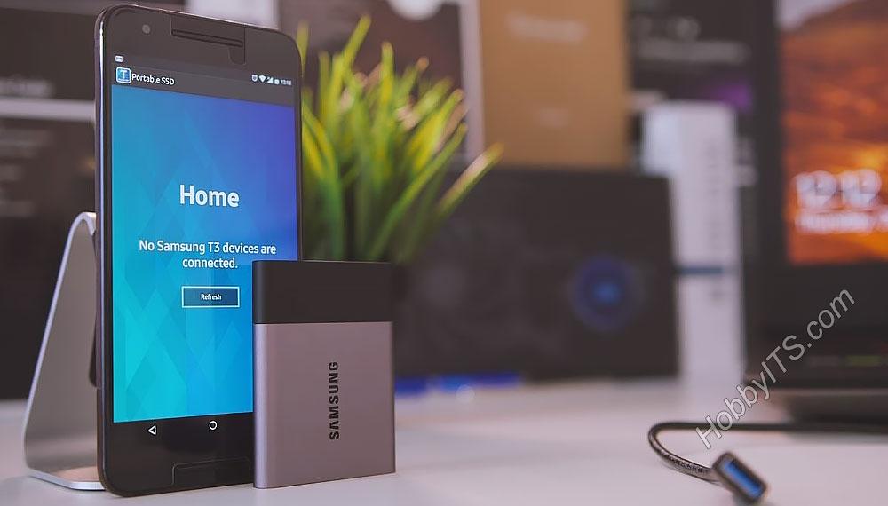 Portable SSD T3 имеет небольшой размер и вес в 50 грамм